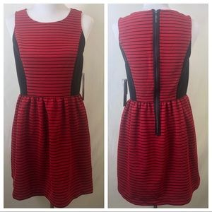Kensie NWT red and black dress size medium